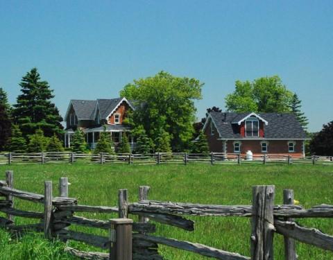 Alton Farmhouse – Ontario